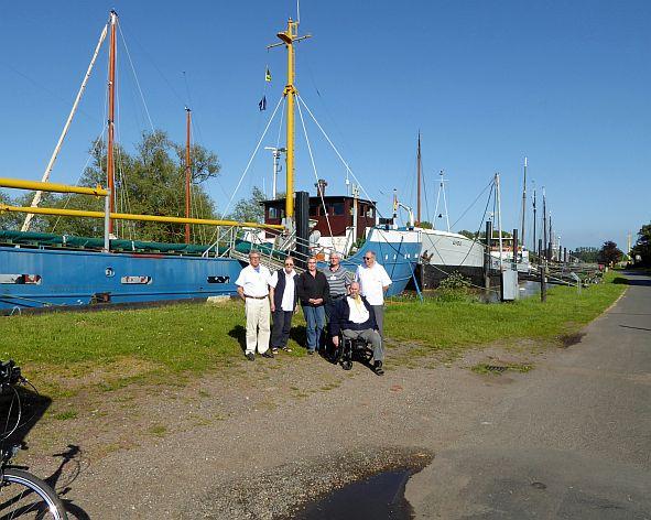 IMSW-Z24_Manschaft vor Schiff